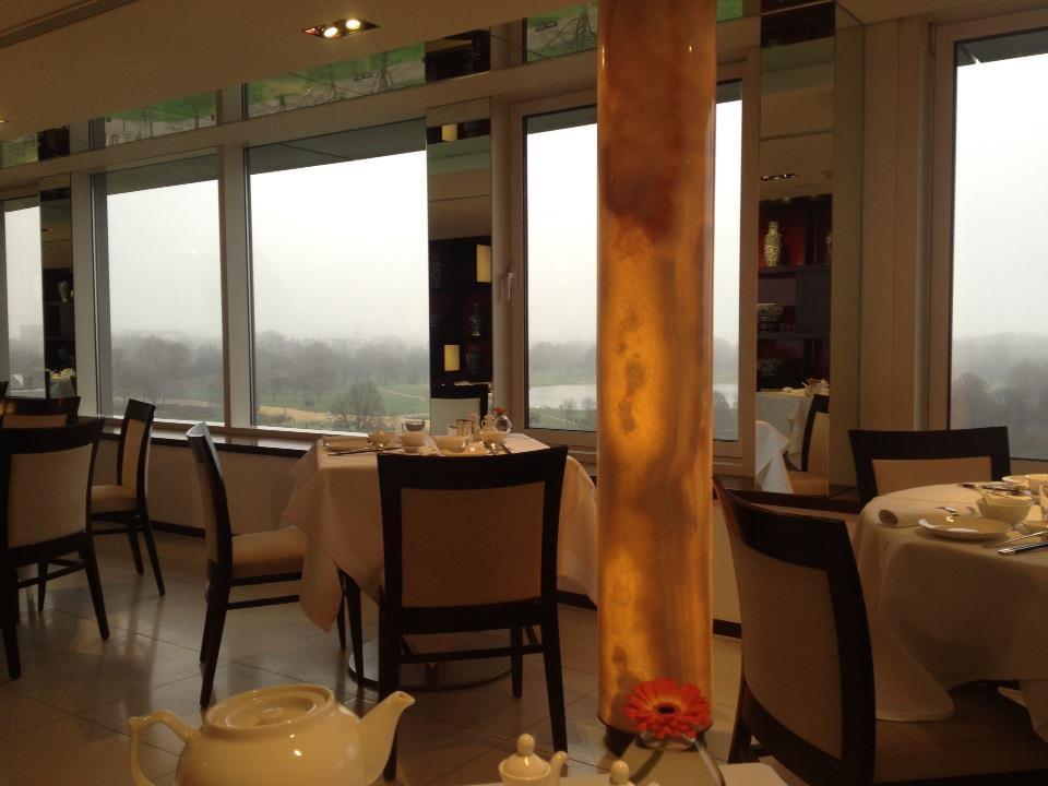 Min Jiang Restaurant decor
